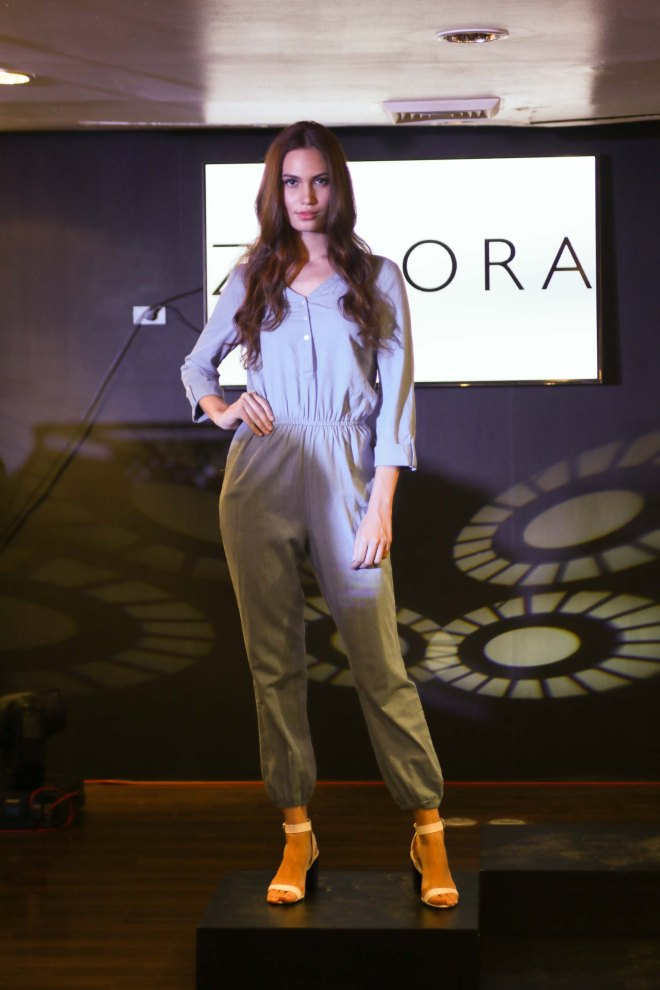 Zalora Pop Up Store Dgital Lifestyle Shopping Fashion Globe Telecom Philippines Female Model Serena